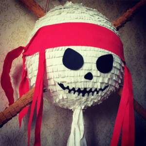 Пиньята пиратская Череп